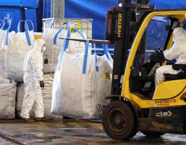 asbestos disposal in essex warehouse
