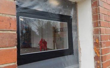 warehouse in rainham asbestos removal underway
